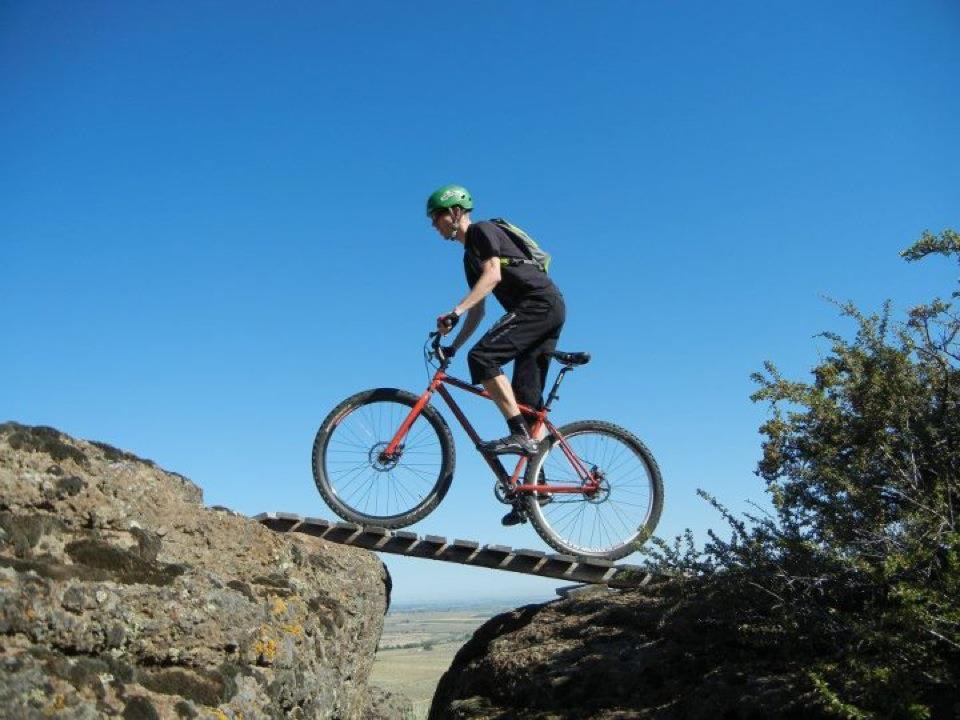 bike +  bridge pics-e383f915-9ba4-4b49-a7a1-e0822d3f3cea.jpeg