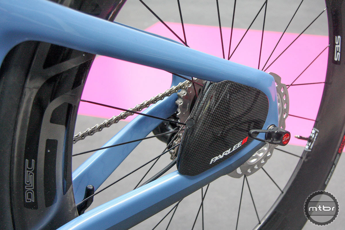 Parlee's take on the UCI's whole disc brake problem is to cover it up on the new TTiR time trial bike. But not in the way we're used to in the world of professional cycling. We like this solution much better.