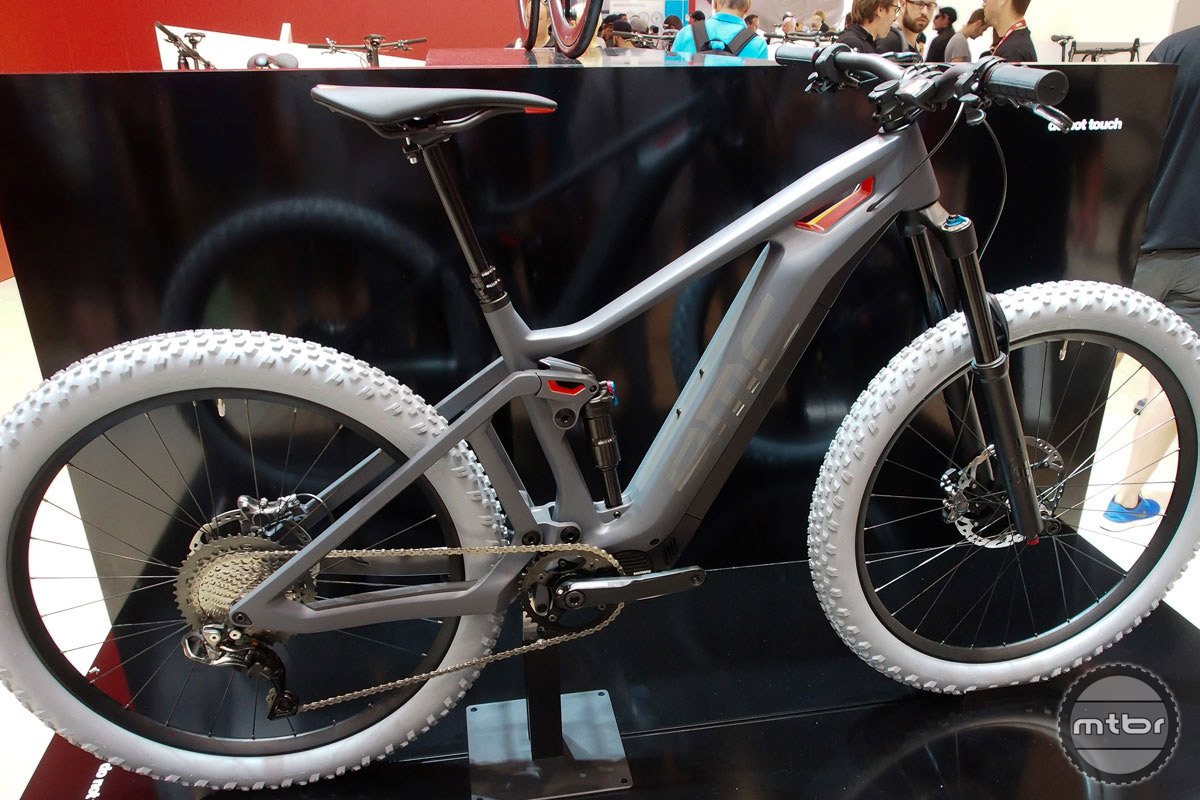 Just like almost every bike maker, BMC is working on an e-mountain bike. This prototype has no name yet, nor is there a timetable for release. But judging by the clean finish, it cant be far off.