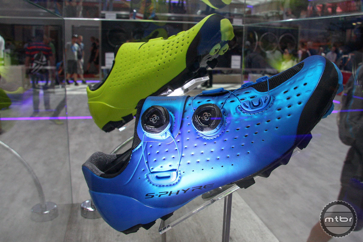 Shimano launched a host of new products at Eurobike, including a dropper post and its S-PHYRE premium shoe line for road (RC9) and mountain (XC9). The one-piece outer is constructed from supple, stretch-resistant and breathable Teijin Avail microfiber synthetic leather. Perforated dimple vents make the shoes more flexible, providing a glove-like fit, says Shimano. The surround wrap upper also better accommodates a wider range of foot shapes, now enabling up to E+ wide widths in a standard size. Two Boa IP1 dials allow for quick and precise micro-adjustments in 1mm increments. Price for either road or mountain shoes is $400. Purchase includes complementary socks for road, cross-country and cyclocross racing.