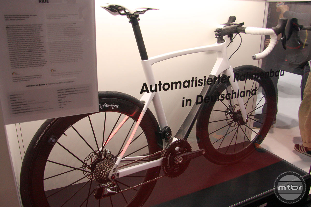 Germany's Lightweight is lighting up with the night with this very interesting frame integration.