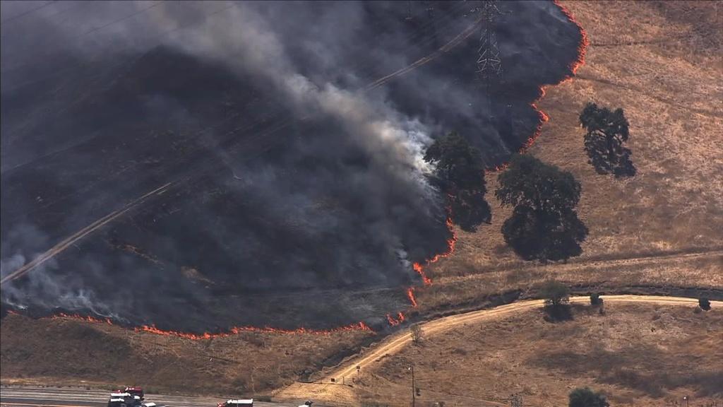 Fire at by Santa Teresa County Park-eccvvrmu4aayfps.jpg