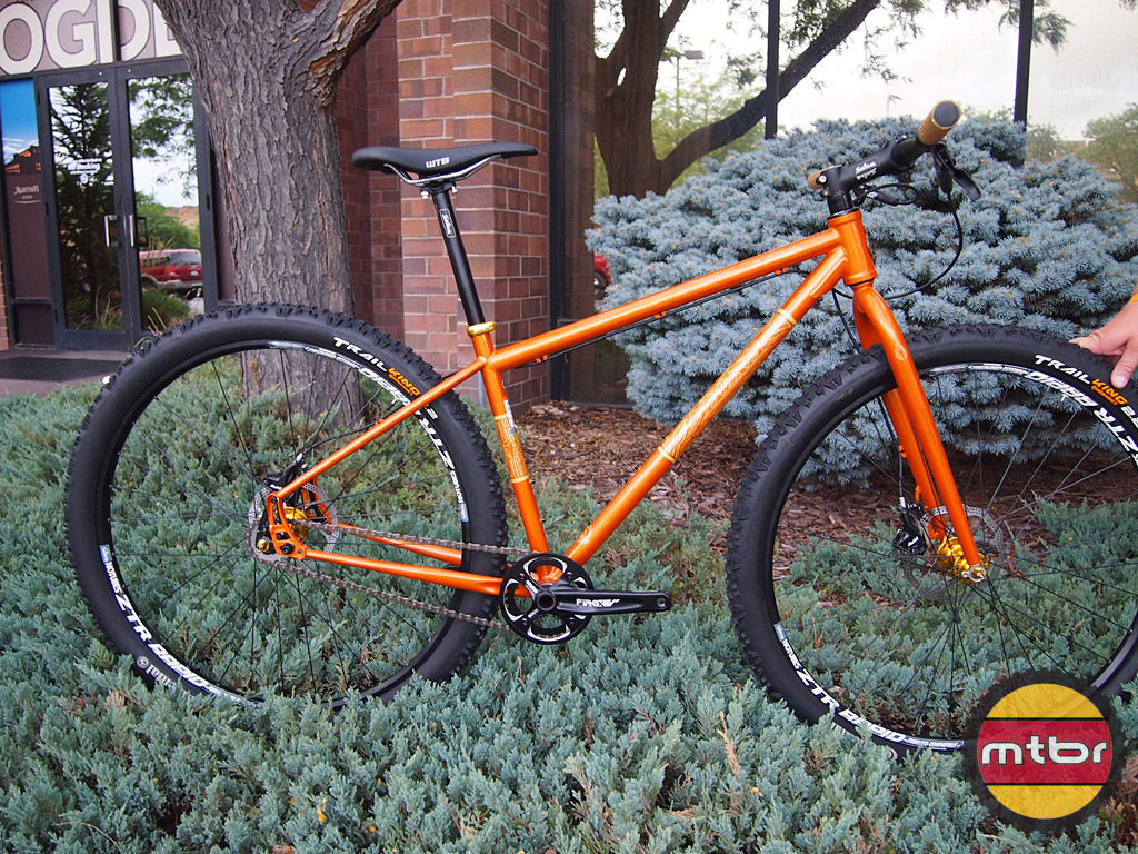 2013 Salsa Cycles El Mariachi Limited Ed Colossal And Beargrease