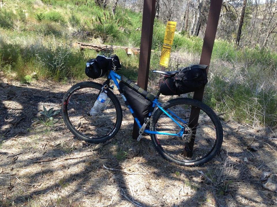 Options for carrying a platypus bottle without a frame pack?-el-mariachi-bikepacking.jpg