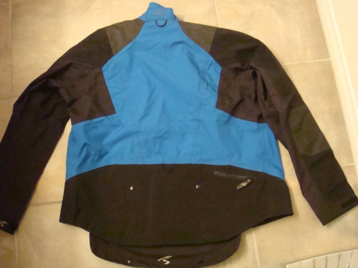 elite_jacket_back