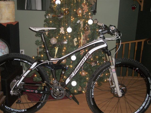 Santa came early this year-ellsworth_004.jpg
