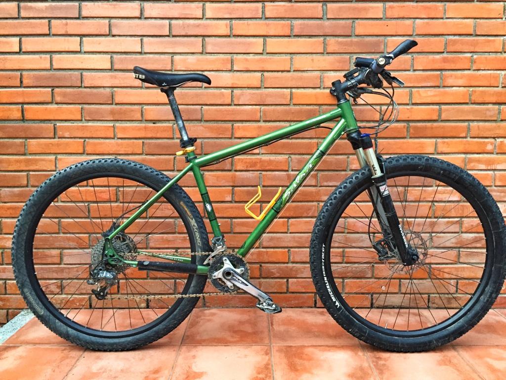 The El Mariachi photo thread!-elmar-carbon-wheels.jpg