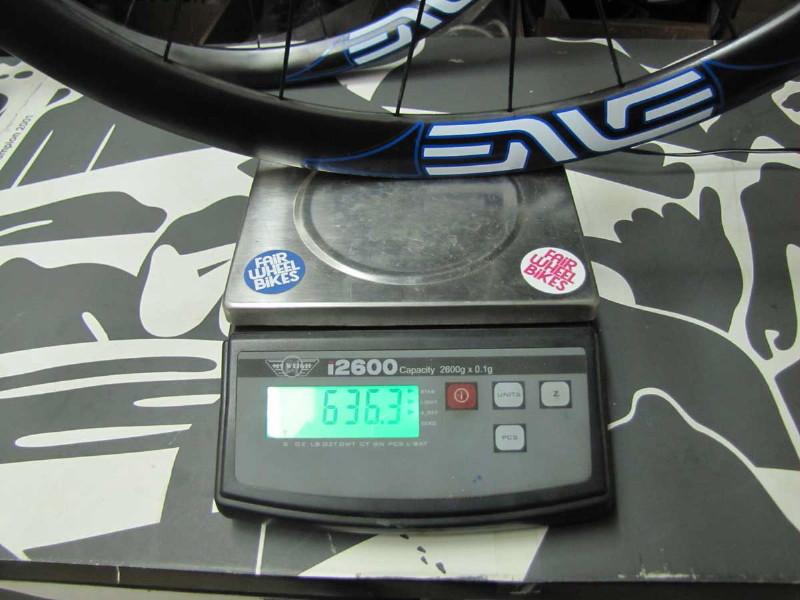 sub-1300g wheelsets-enve_extralite_rear_scale_1.jpg