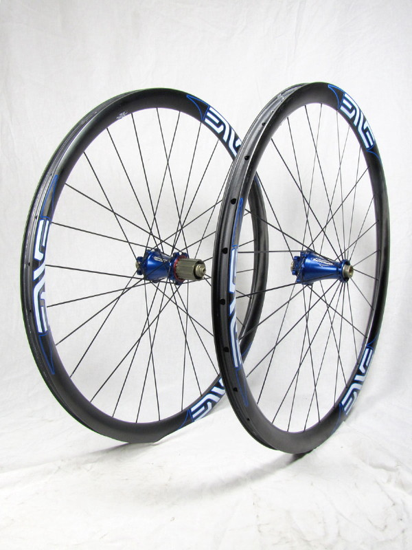 It's 2012 -- Tune vs DT 240 hubs (& Enve v AX-Lightness wheelset)-enve_extralite_studio_02_1.jpg