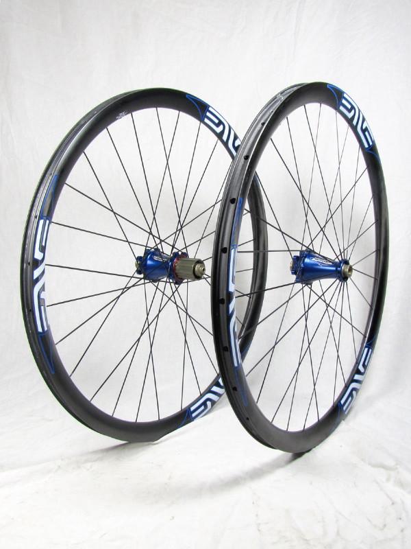 sub-1300g wheelsets-enve_extralite_studio_02_1.jpg