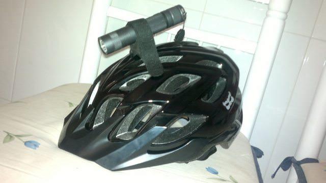 Seeking 18650 Flashlight with at least 900 lumens (for helmet)-eratr5ql.jpg