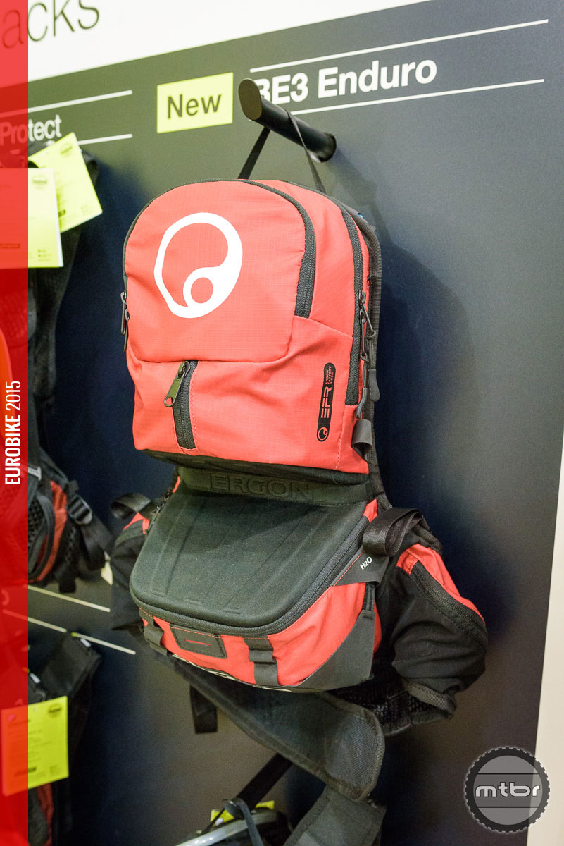 The BE3 enduro backpack has a larger volume but the same features as the BE2.