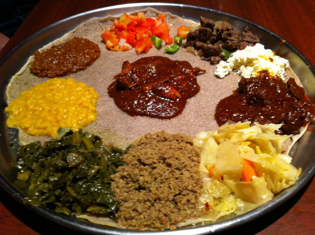 Vegetarian / Vegan / Raw recipes & chat-ethiopian-feast.jpg