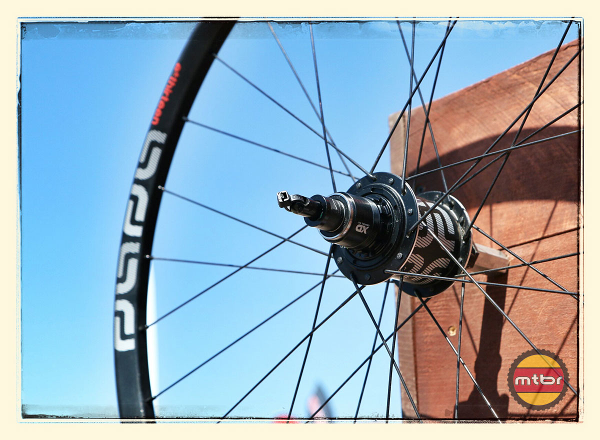 e*thirteen TRSr Wheelset with Carbon Hub