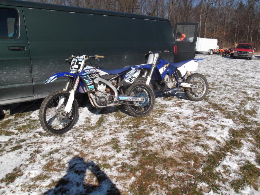Roda da mOOn, Evansville Snow X and Ice at Briar Creek, Sunday 1/16/12-evansville-snow-1-16-12-009_900x900.jpg