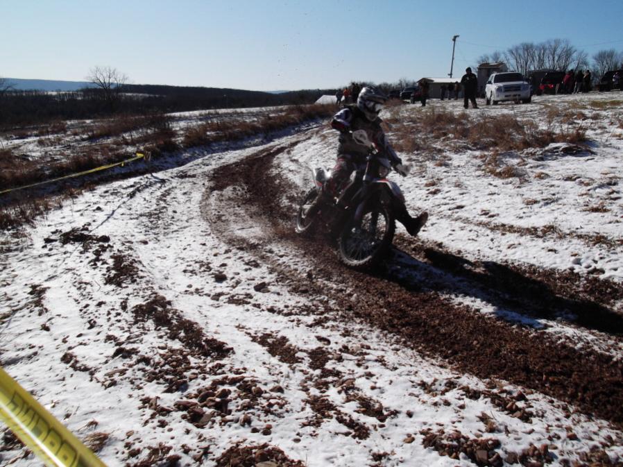Roda da mOOn, Evansville Snow X and Ice at Briar Creek, Sunday 1/16/12-evansville-snow-1-16-12-019_900x900.jpg