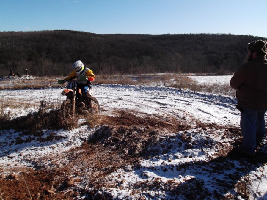 Roda da mOOn, Evansville Snow X and Ice at Briar Creek, Sunday 1/16/12-evansville-snow-1-16-12-024_900x900.jpg