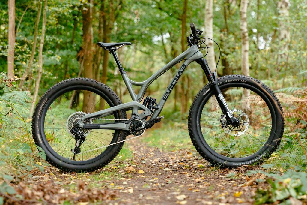 Let's see your 27.5+ bike-evil-following-mb-27.5-_1.jpg