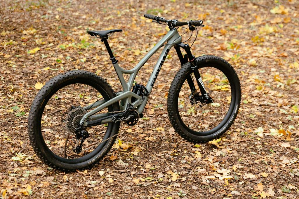 Let's see your 27.5+ bike-evil-following-mb-27.5-build-pics.jpg