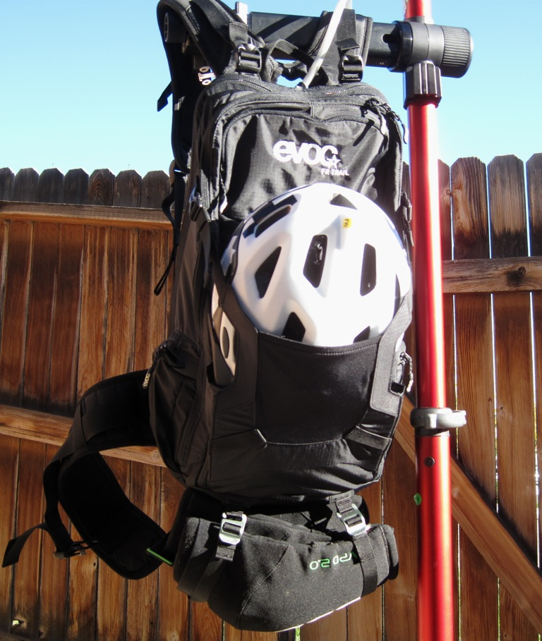 EVOC FR trail Hydration Protector Pack Review-evoc-pack-020.jpg
