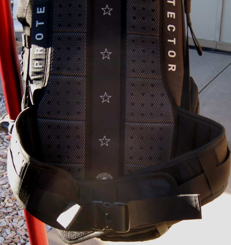 EVOC FR trail Hydration Protector Pack Review-evoc-pack-024.jpg