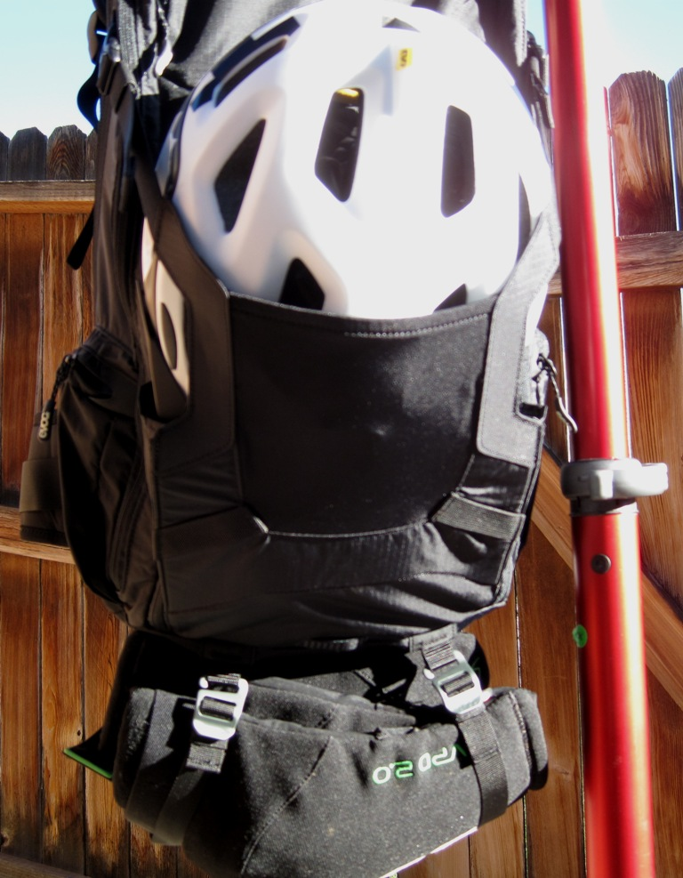EVOC FR trail Hydration Protector Pack Review-evoc-pack-025.jpg