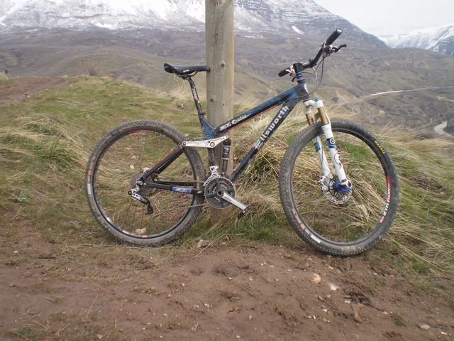 Can We Start a New Post Pictures of your 29er Thread?-evolve.jpg