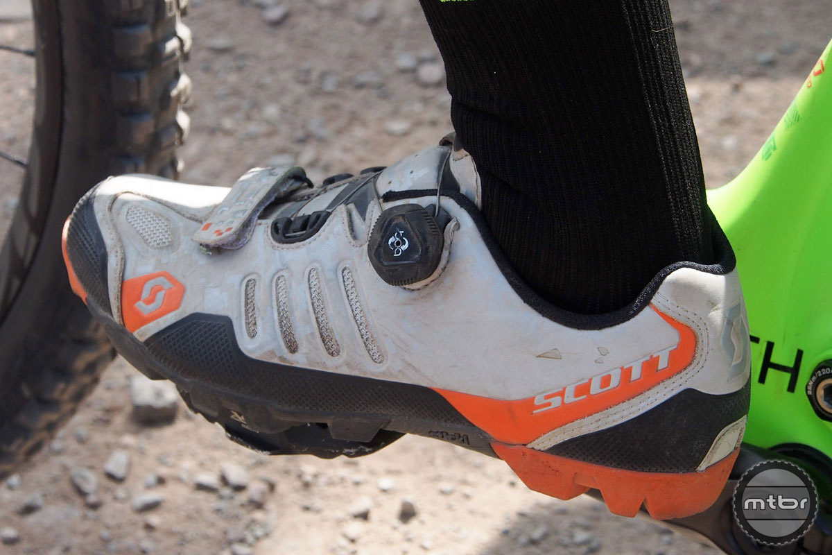 Scott is better known for making bikes, but the Swiss company is making a renewed push into components, apparel, and shoes. We're liking what we see here.