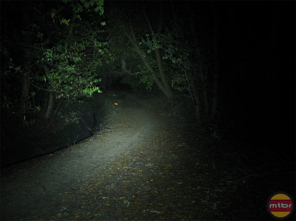 Exposure Lights Diablo Trail Beam Pattern