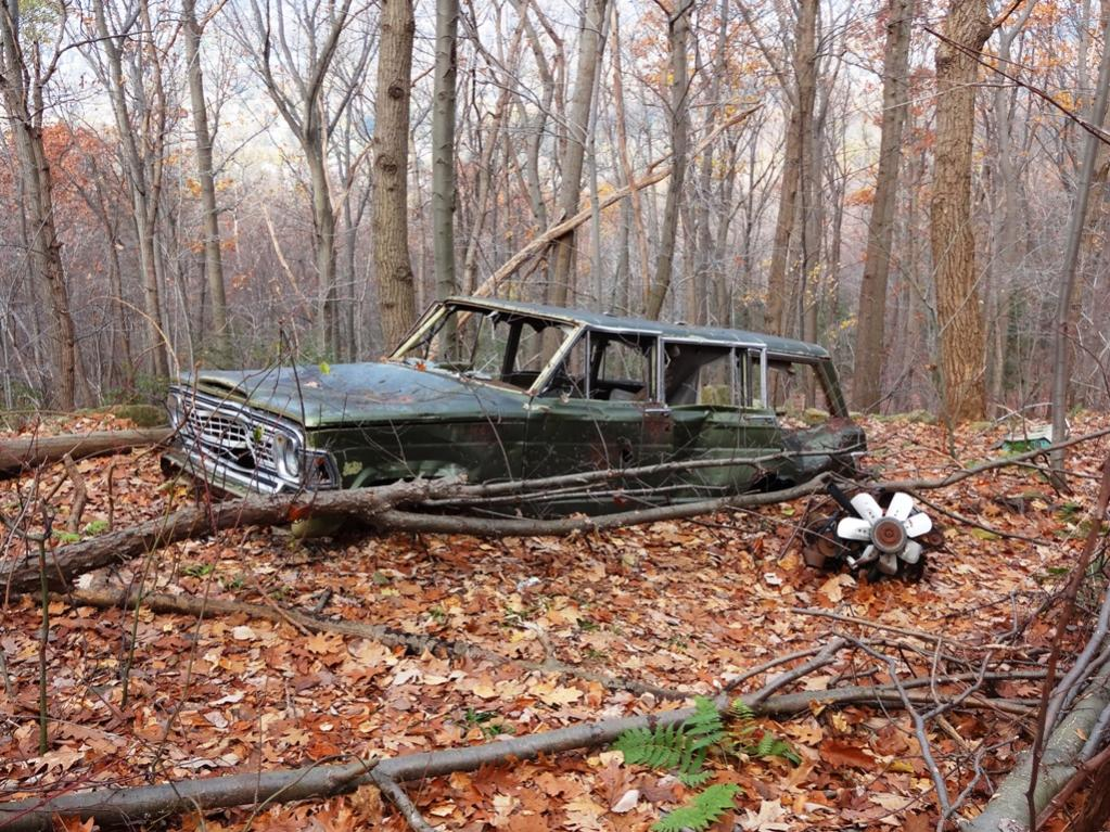 The Abandoned Vehicle Thread-exterior.jpg