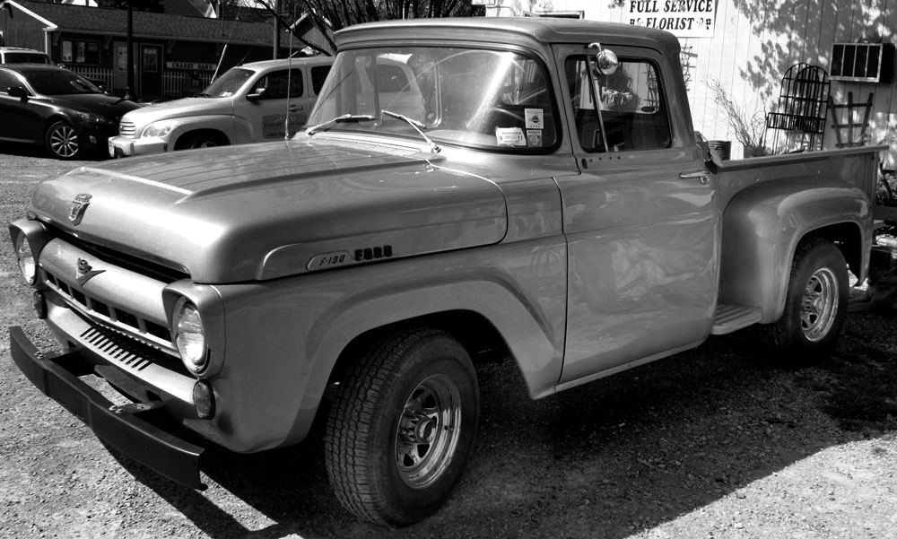 OT: VRC Picture Thread of Classic Cars-f100bw.jpg