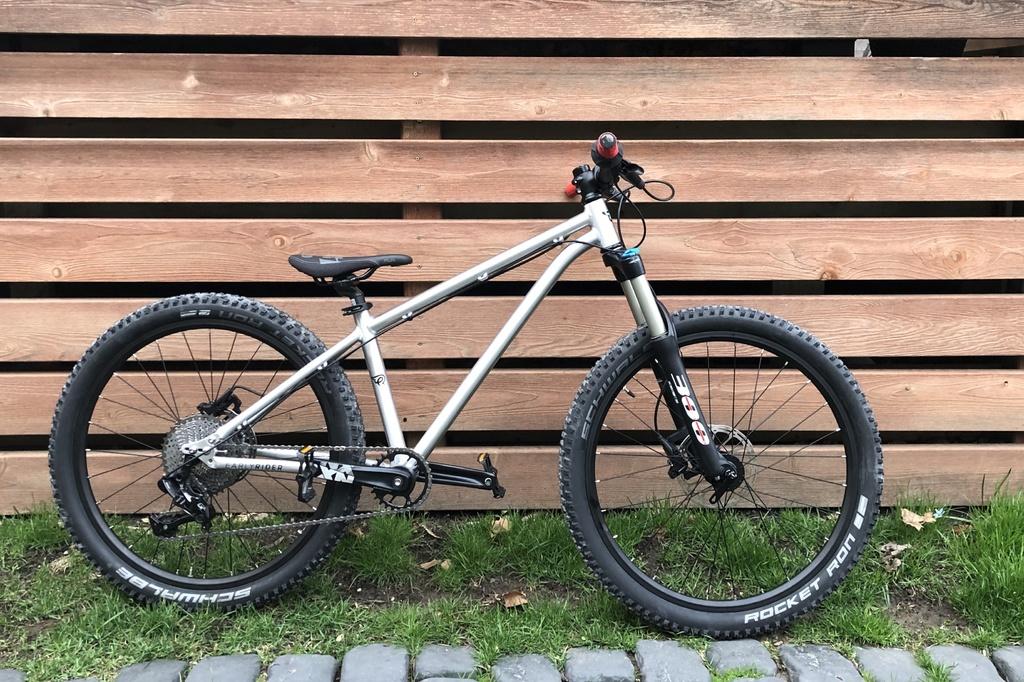 Nice Bike_Early Rider Hellion/T24-f47ac683-c41e-481a-9f8d-08a626d38472.jpg