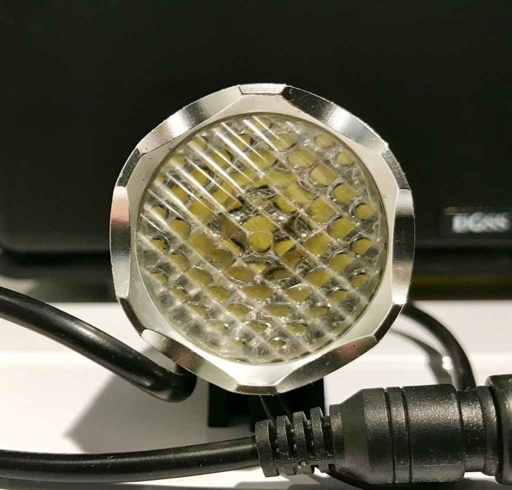 Diffuser lense-f8c02d36-b1fa-447e-9a74-bcdbdbd30e56.jpg