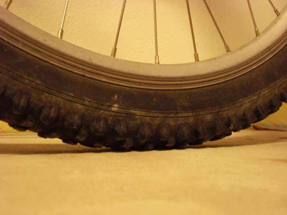 Tire pressure for all around XC riding?-fat-albert-unloaded_01.jpg