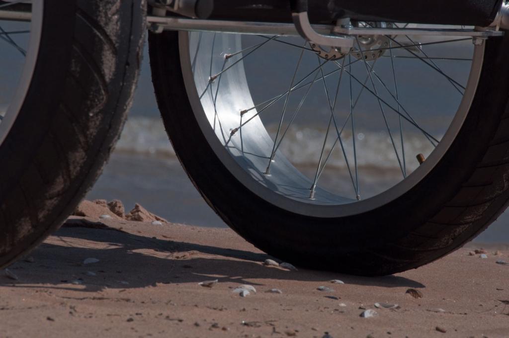 Fat Chariot-fat-trailer-02.jpg