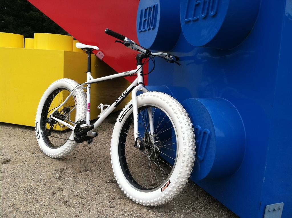 Post Pictures of your Steel Bikes!-fat-white-guy.jpg