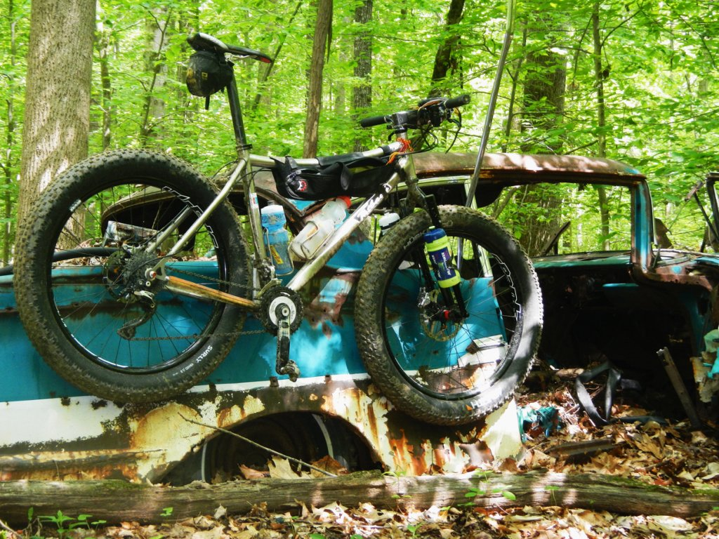 Daily fatbike pic thread-fatback_on_car.jpg