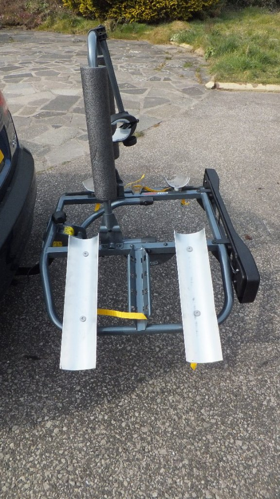Racks (car) for fat bikes-fb2.jpg
