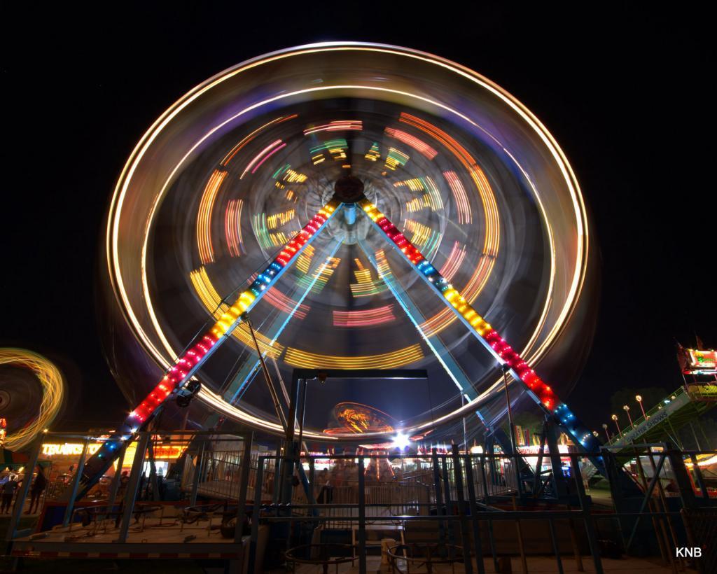 Night Photography - Post your shots!-ferris-wheel-2-.jpg