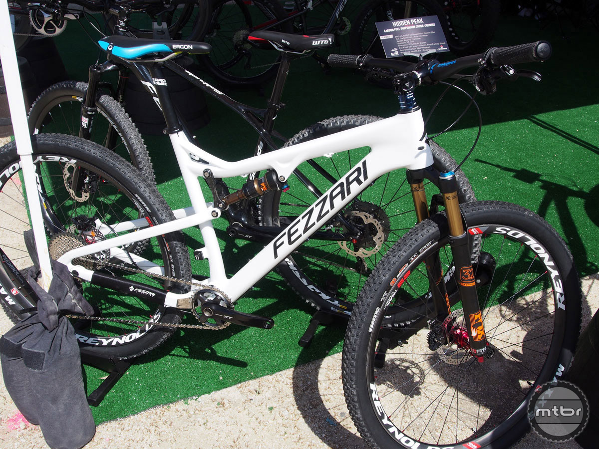 This Shimano XT build of the new Hidden Peak Carbon XC29 comes with Fox Factory 32 fork and shock, and Reynolds carbon wheels. Price is $4999.