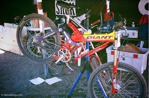 Old School DH bikes-fgh.jpg