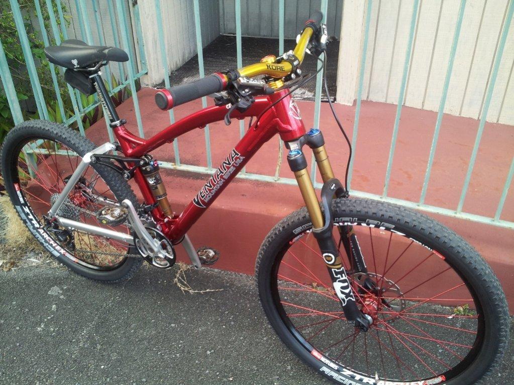 El Ciclon ready to rock-finished-bike-resized.jpg