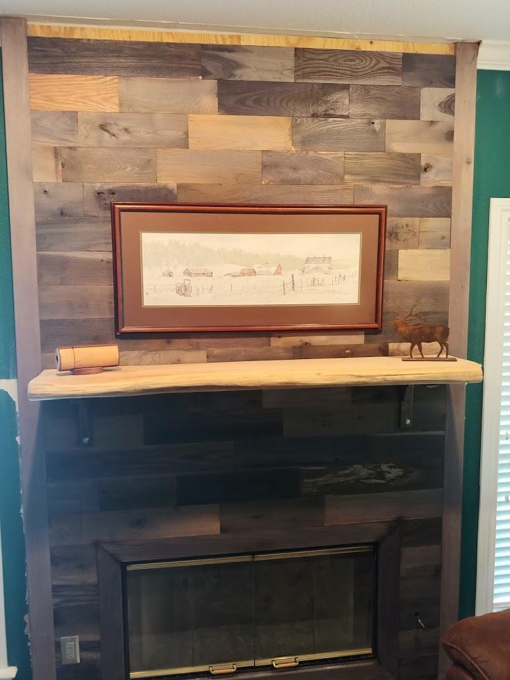 Santa's Workshop...-fireplace.jpg