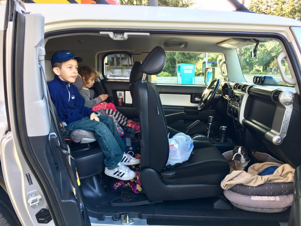 What do  your rides ride?-fj_seating.jpg