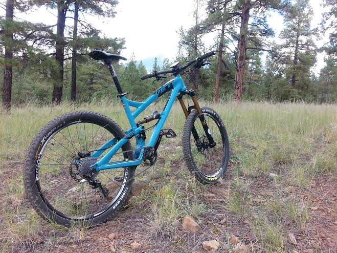 Show us a picture of your 26er MTB that you still use on the trails-flag.jpg