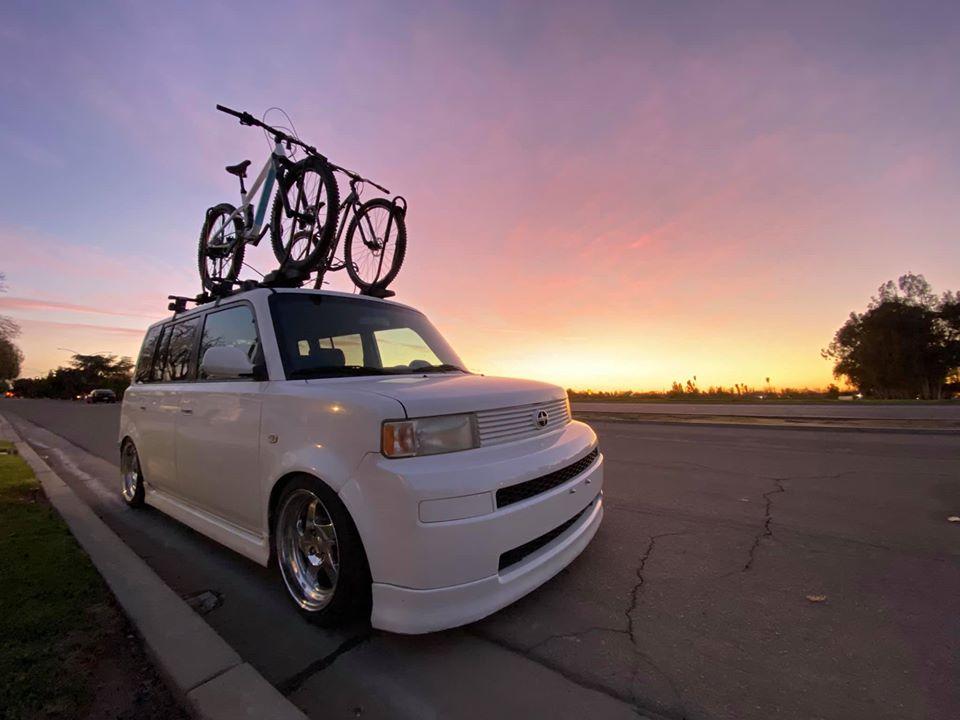 Let's Get My Wife On A Bike-fluid_roof.jpg