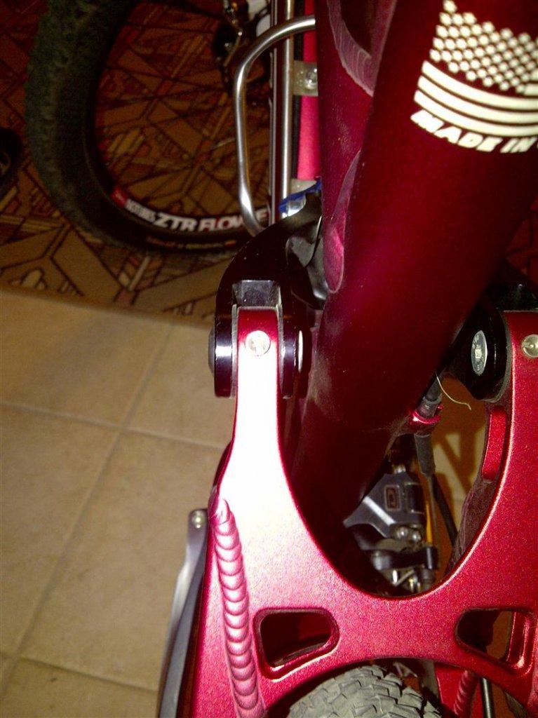 Flux Rocker bolt - sticking out-flux-bolt-rear-1-large-.jpg