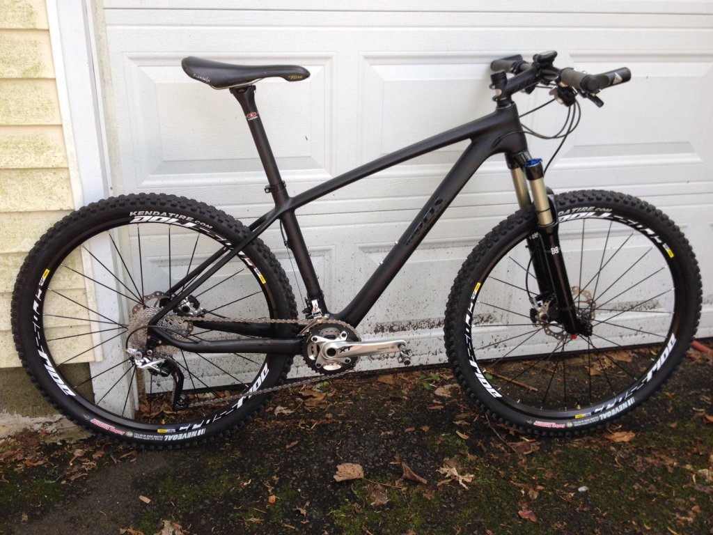 Chinese Carbon Frames - 650b edition-flyxii.jpg
