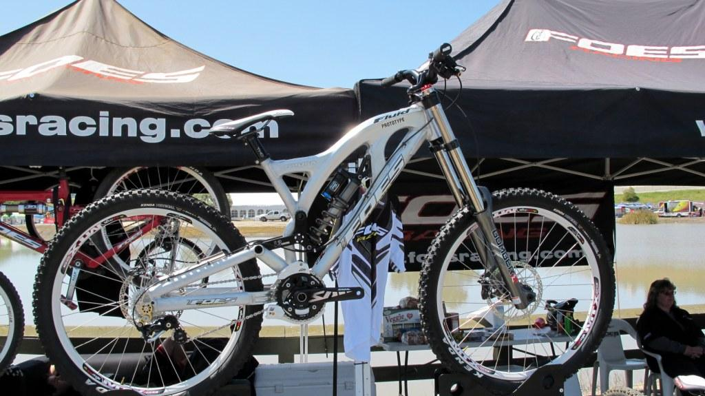New Foes Bikes at Sea Otter-foes-fluid-dh-compressed.jpg