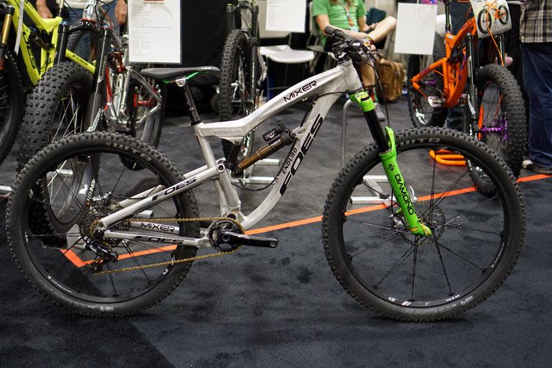 Who's riding a Mullet?-foes-mixer-full-suspension-275-29er-enduro-bike01.jpg